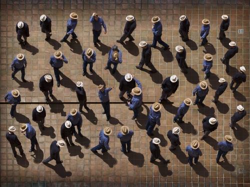 Ordenando Recuerdos |Fotografía de Alicia Moneva | Compra arte en Flecha.es