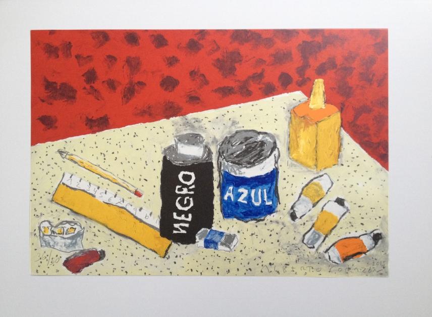 Mesa de artista con alfombra roja |Obra gráfica de Alberto Corazón | Compra arte en Flecha.es