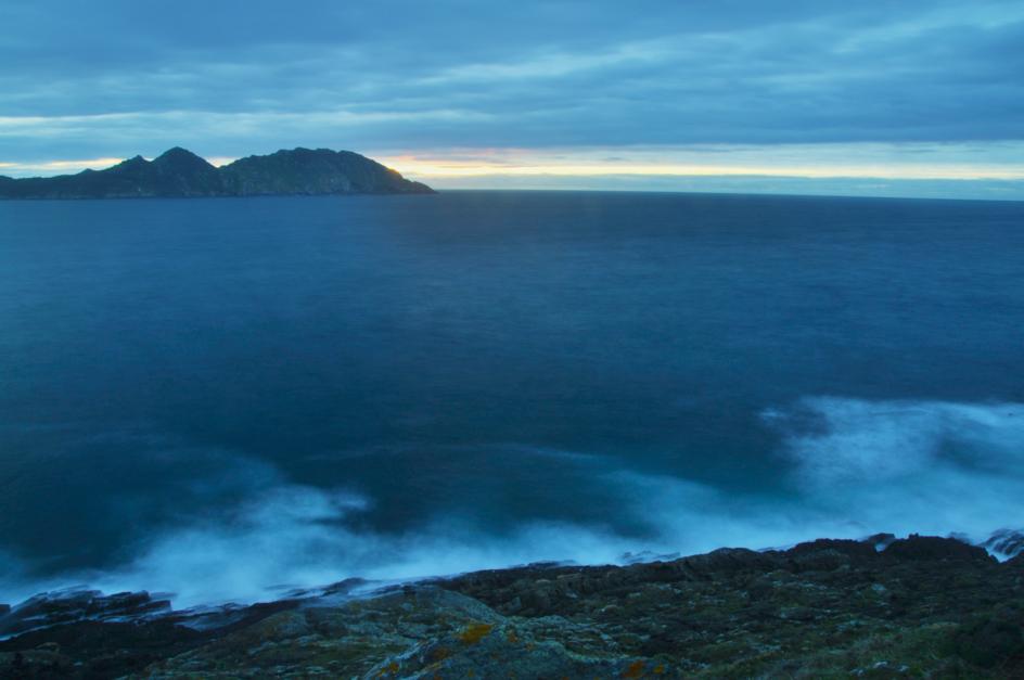 VISTAS DESDE EL CABO HOME (de la serie Islas Cíes. Foto nº 16) |Fotografía de Luis Arbex | Compra arte en Flecha.es