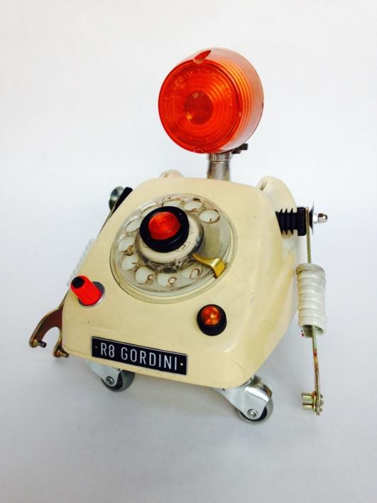 TelephoneBot |Escultura de Pitarque Robots | Compra arte en Flecha.es