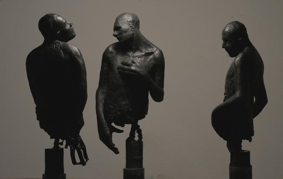 Sufferas inna Babylon |Escultura de Álvaro de Matías | Compra arte en Flecha.es