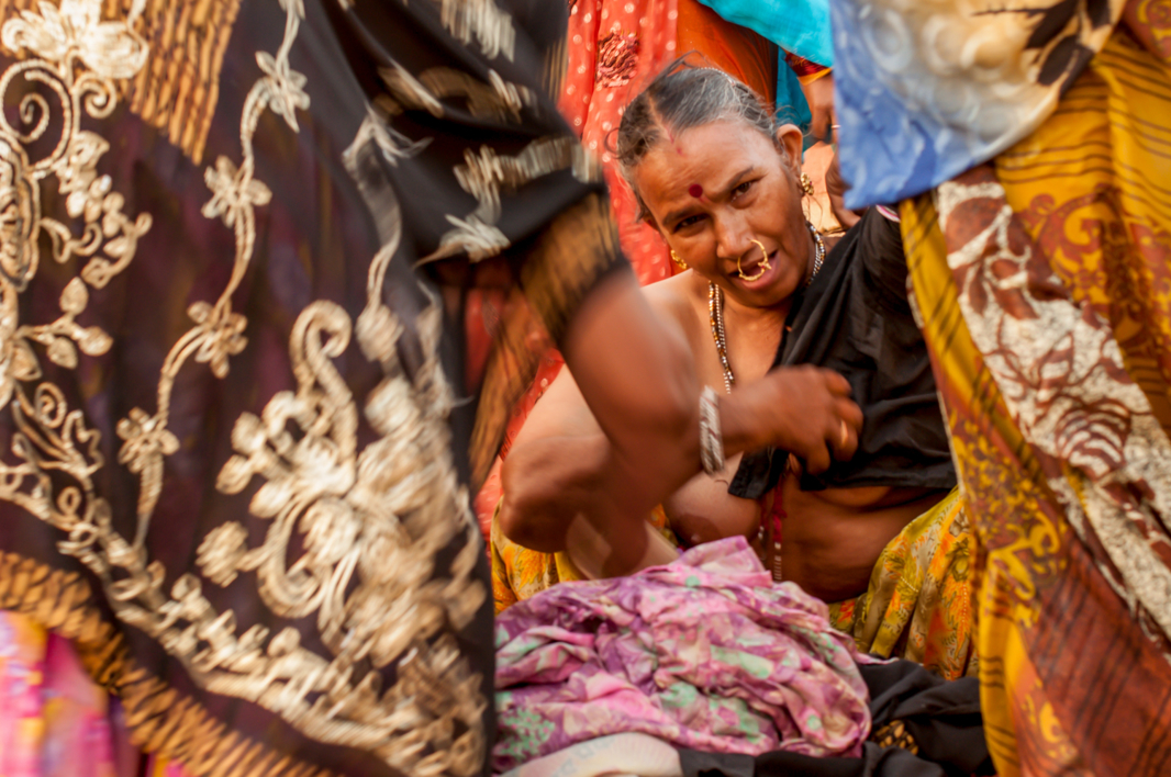 HOLY GANGA |Fotografía de TAMARA ARRANZ | Compra arte en Flecha.es