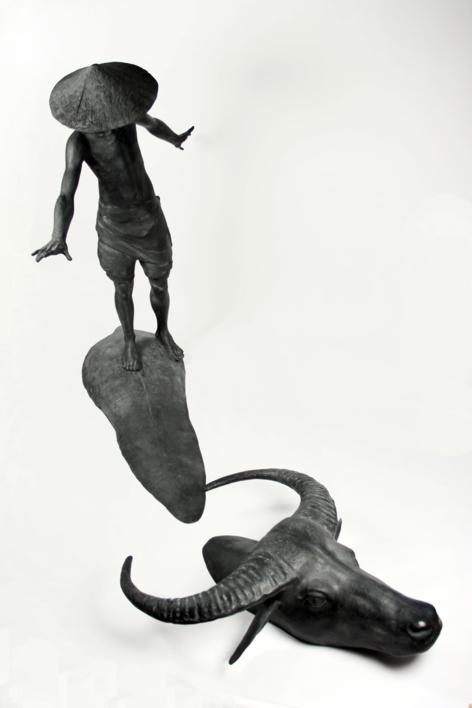 BIG CON TRÂU |Escultura de Javier de la Rosa | Compra arte en Flecha.es