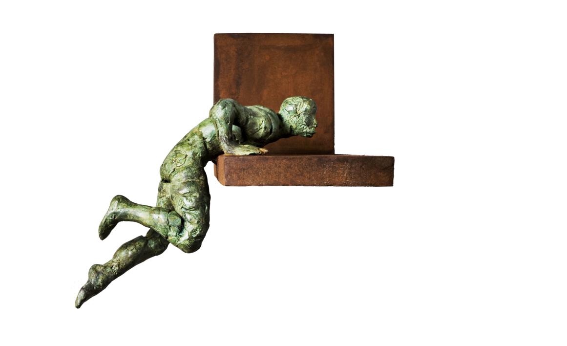 Saliendo Piscina   Escultura de Fernando Suárez   Compra arte en Flecha.es