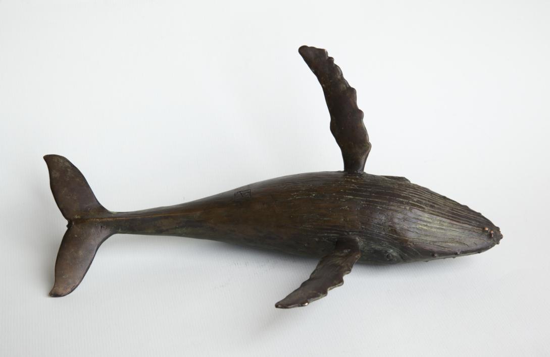 Ballena Yubarta, (Megaptera novaeangliae). Call me Ishmael   Escultura de Antonio Valverde   Compra arte en Flecha.es