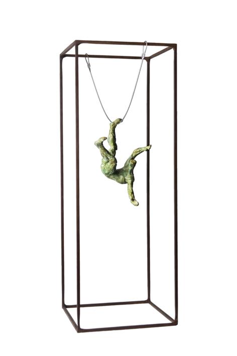 LEVEDAD II |Escultura de Fernando Suárez | Compra arte en Flecha.es