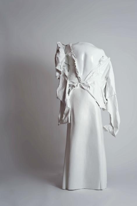Dama Blanca |Escultura de Patricia Glauser | Compra arte en Flecha.es