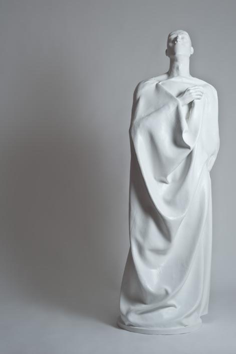 Hombrezzito |Escultura de Patricia Glauser | Compra arte en Flecha.es