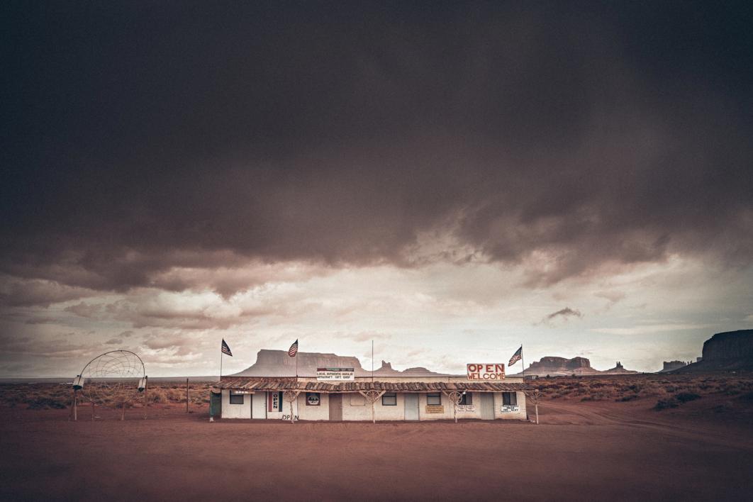 Monument Valley |Digital de Roberto Iván Cano | Compra arte en Flecha.es