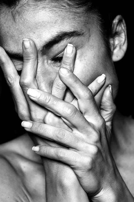 Le masque perdu |Fotografía de NICOLETA LUPU | Compra arte en Flecha.es