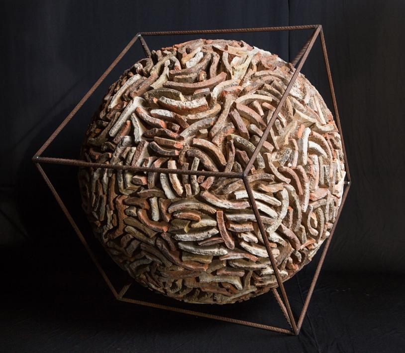 Mundos paralelos  Escultura de Alberto Carvajal   Compra arte en Flecha.es