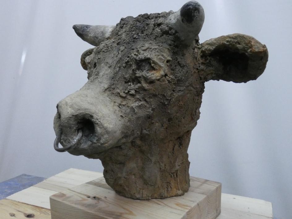 minotauro  nº  10 |Escultura de saiz manrique | Compra arte en Flecha.es
