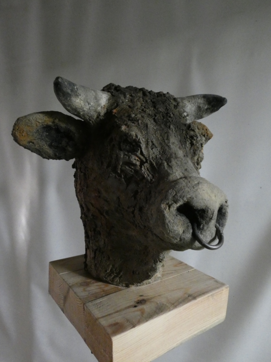 minotauro  nº  10 | Escultura de saiz manrique | Compra arte en Flecha.es