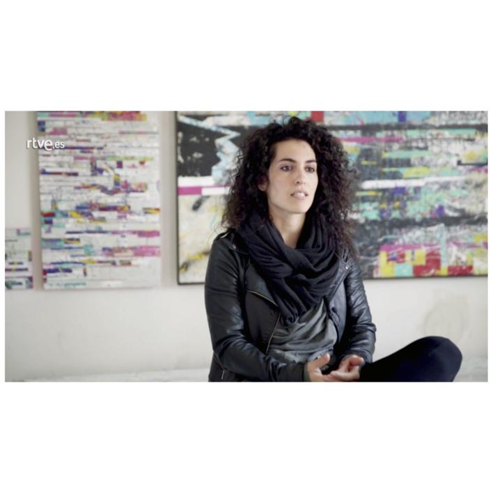 Vertical Glitch | Pintura de Ana Dévora | Compra arte en Flecha.es
