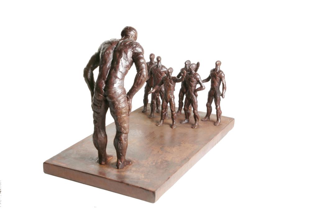 DIFERENTES | Escultura de Fernando Suárez | Compra arte en Flecha.es