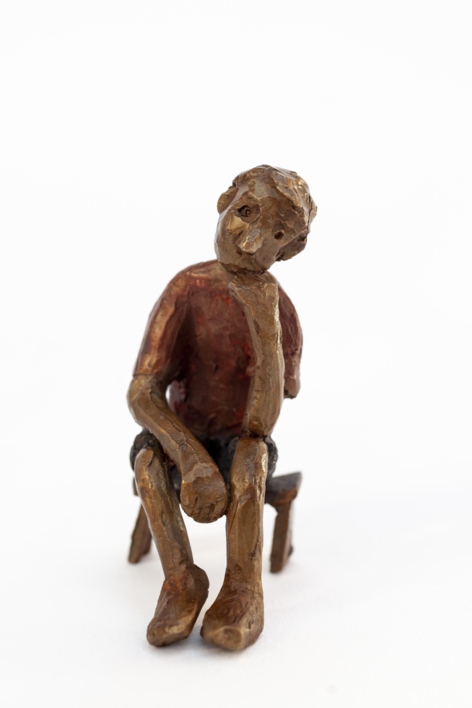 Espera que no le den plantón.  Serie Los que esperan  Escultura de Ana Valenciano   Compra arte en Flecha.es