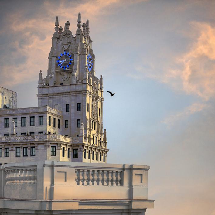 Edificio Telefónica |Fotografía de Leticia Felgueroso | Compra arte en Flecha.es