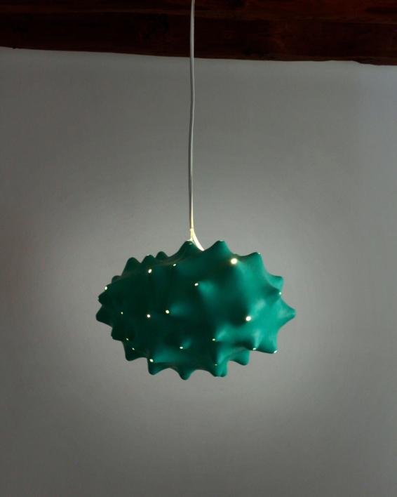 Noro verde | Escultura de Carmma | Compra arte en Flecha.es