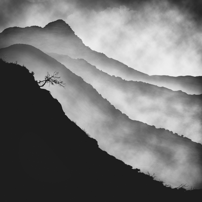 Mist series,  #01  Digital de Andy Sotiriou   Compra arte en Flecha.es