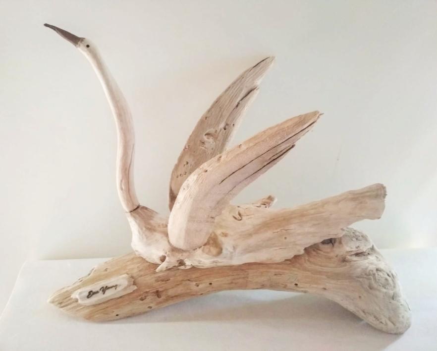 Cisne Blanco   Escultura de Ema Young   Compra arte en Flecha.es