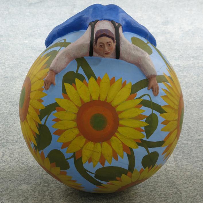 Tentempié floral |Escultura de Carmen Varela | Compra arte en Flecha.es