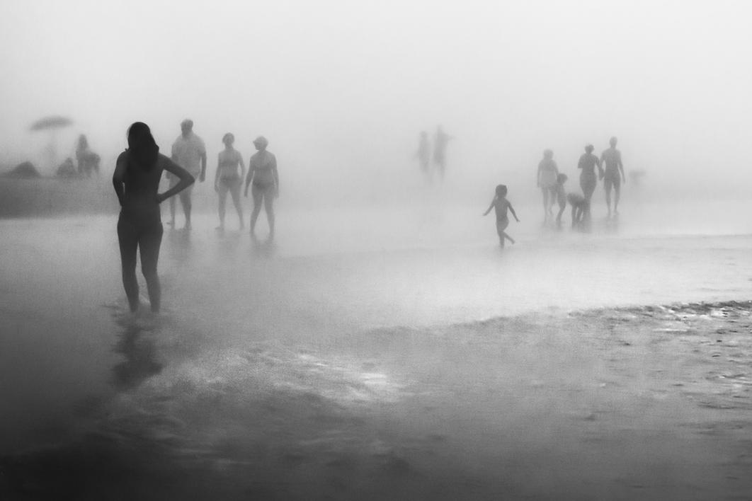THEY SEEM HARMLESS Nº1 |Fotografía de Álvaro De la Herrán | Compra arte en Flecha.es