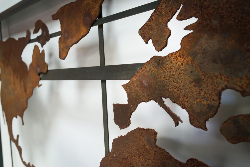 MAPA MUNDI XVII | Escultura de pared de María Hervás | Compra arte en Flecha.es