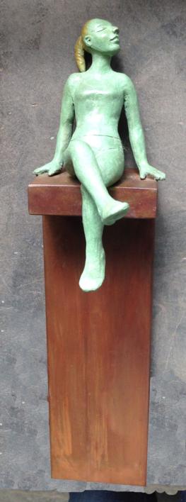Contra la pared  Escultura de Charlotte Adde   Compra arte en Flecha.es