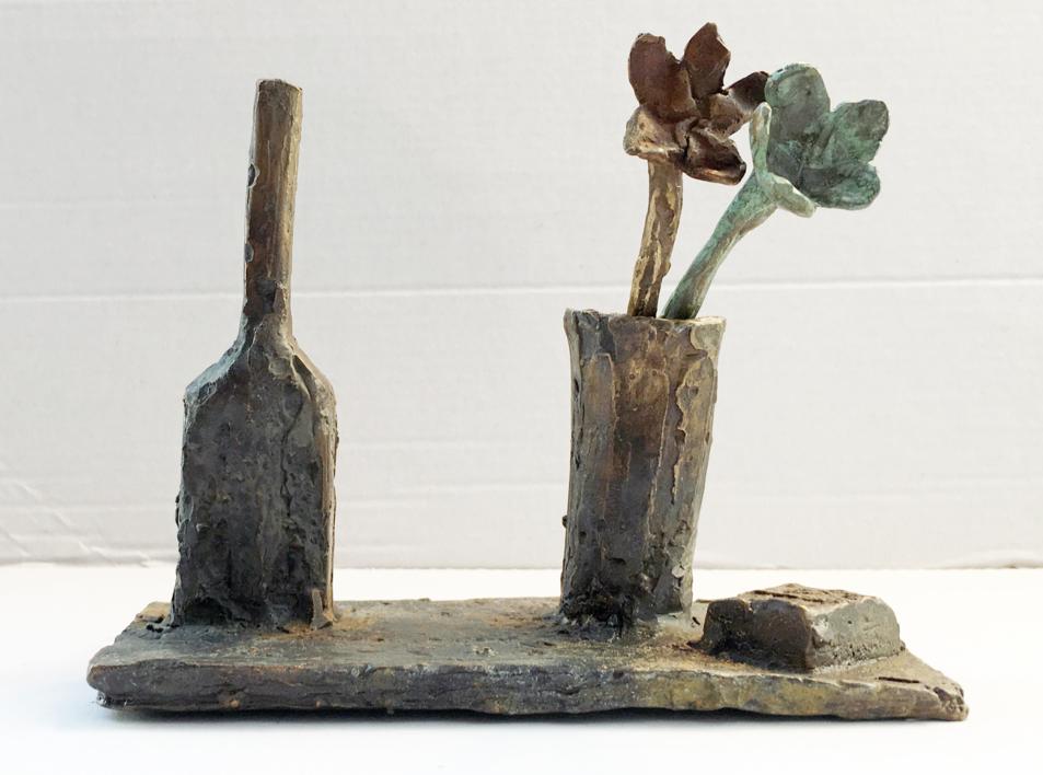 Bodegón con flores |Escultura de Ana Valenciano | Compra arte en Flecha.es