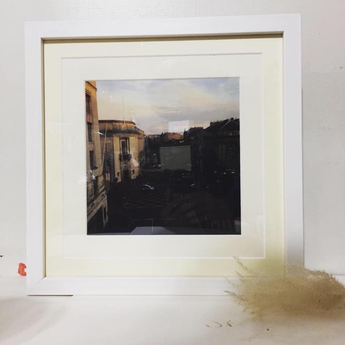 Street view │acid-free photo paper│printed in the UK│pine thick border│Original   Fotografía de JHIH YU CHEN   Compra arte en Flecha.es
