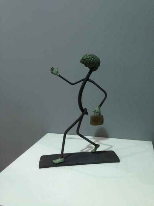 Cerebro Andante |Escultura de Cristóbal | Compra arte en Flecha.es
