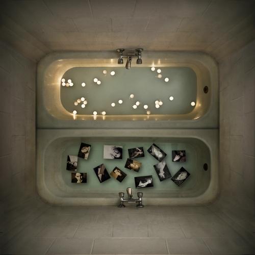 Requiem por una Identidad I |Fotografía de Alicia Moneva | Compra arte en Flecha.es