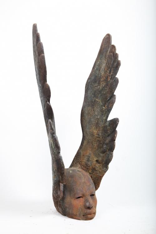 Cabeza alada  Escultura de Jesús Curiá   Compra arte en Flecha.es