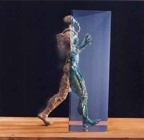Cibernauta |Escultura de Fernando Suárez | Compra arte en Flecha.es