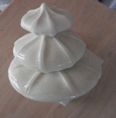 Caracolillas Blancas|EsculturadeCarmen Vila| Compra arte en Flecha.es