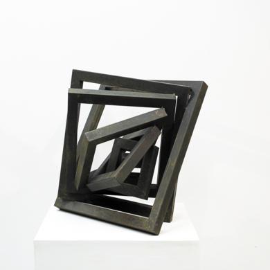 Contenida|EsculturadeCarlos I.Faura| Compra arte en Flecha.es
