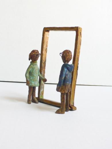Encuentro en la puerta de la óptica 2 EsculturadeAna Valenciano  Compra arte en Flecha.es
