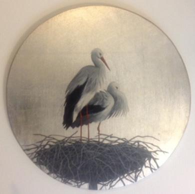 Cigüeñas pequeño redondo 1|PinturadeCharlotte Adde| Compra arte en Flecha.es