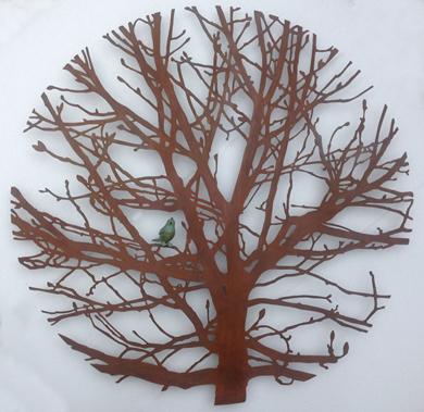 Castaño con pájaro|EsculturadeCharlotte Adde| Compra arte en Flecha.es