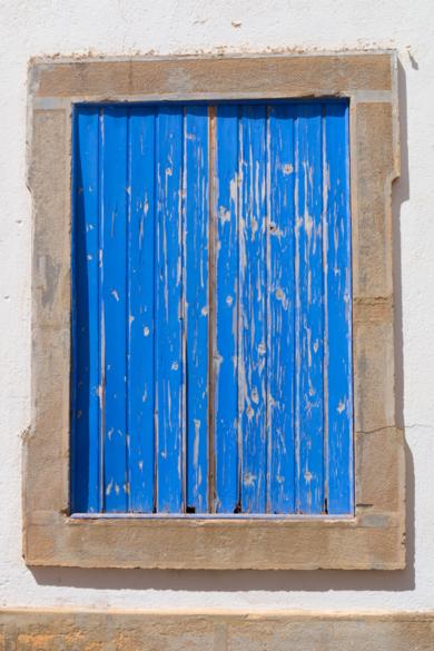 Ventanas, Portugal|FotografíadeÁngela Fernández Häring| Compra arte en Flecha.es
