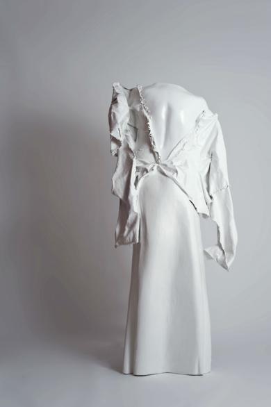 Dama Blanca|EsculturadePatricia Glauser| Compra arte en Flecha.es