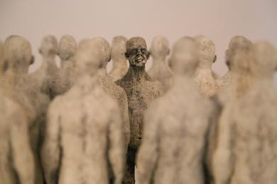 No soy yo,, son ellos.|EsculturadeReula| Compra arte en Flecha.es