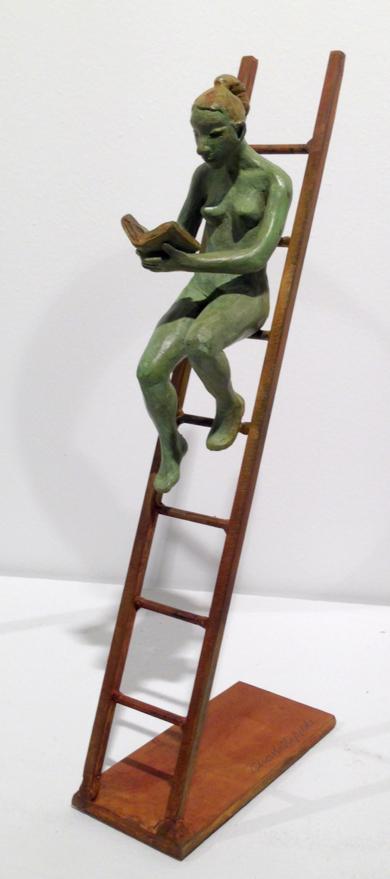 Sentada en la escalera|EsculturadeCharlotte Adde| Compra arte en Flecha.es