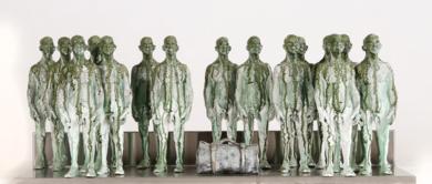 Tantas vidas en una maleta|Escultura de pareddeReula| Compra arte en Flecha.es