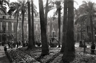 BARCELONA - PLAZA REAL|FotografíadeADOLFO ZERKOWITZ| Compra arte en Flecha.es