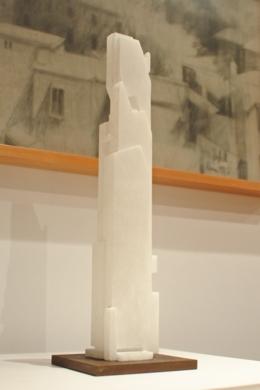 Totem1 alabastro|EsculturadePABLO URRUTI| Compra arte en Flecha.es
