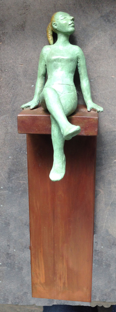 Contra la pared|EsculturadeCharlotte Adde| Compra arte en Flecha.es