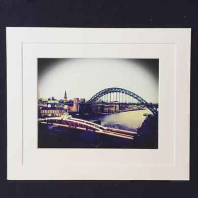 Tyne Bridge Enlgand landscape Acidfree paper Printed and Mounted in UK Origin|FotografíadeJHIH YU CHEN| Compra arte en Flecha.es