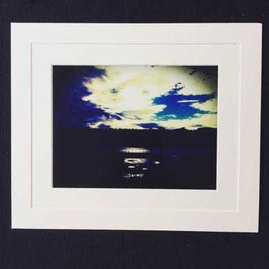 Sunset on river bank Enlgand landscape Acidfree paper Printed and Mounted in UK Origin|DigitaldeJHIH YU CHEN| Compra arte en Flecha.es