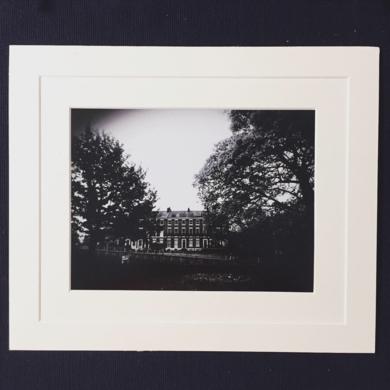 A Georgian house│Enlgand landscape│Acid-free paper│Printed and Mounted in UK│Origin|FotografíadeJHIH YU CHEN| Compra arte en Flecha.es